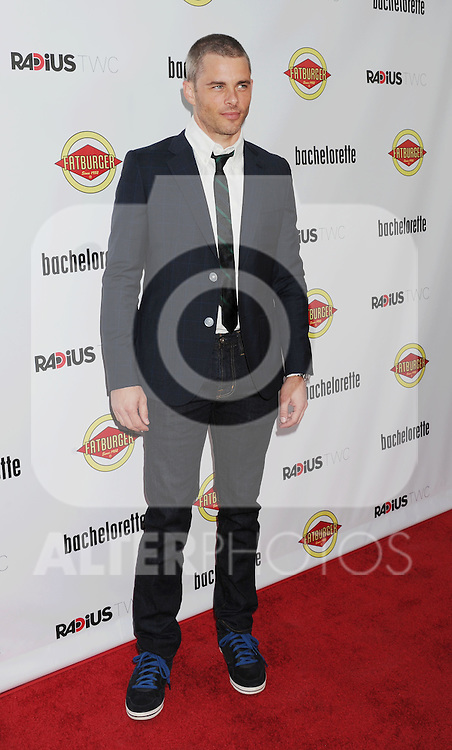 HOLLYWOOD, CA - AUGUST 23: James Marsden arrives at the Los Angeles premiere of 'Bachelorette' at the Arclight Hollywood on August 23, 2012 in Hollywood, California. /NortePhoto.com.... **CREDITO*OBLIGATORIO** *No*Venta*A*Terceros*..*No*Sale*So*third* ***No*Se*Permite*Hacer Archivo***No*Sale*So*third*