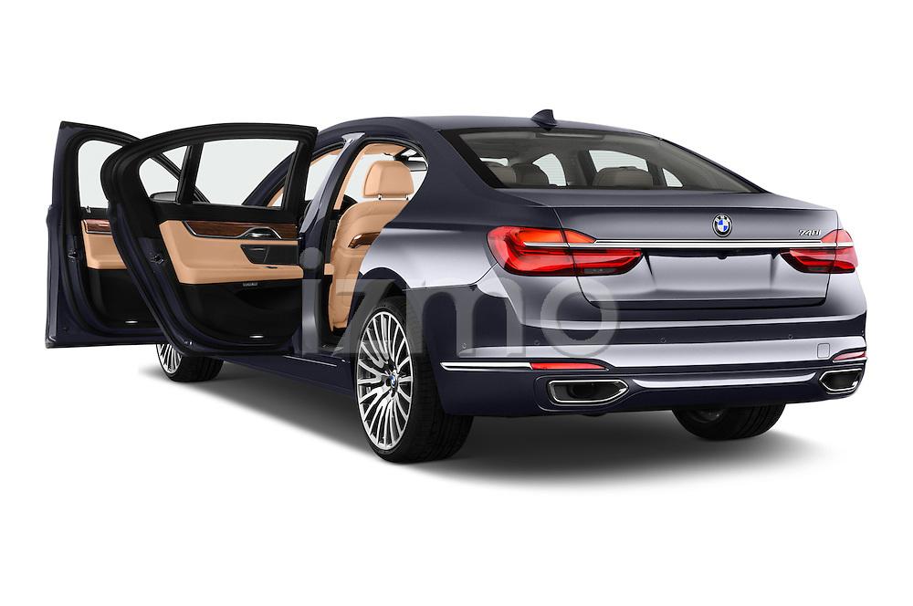 Car images of 2016 BMW 7 Series 740i 4 Door Sedan Doors