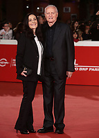 Santo Versace posa con la moglie Francesca De Stefano durante il red carpet per la presentazione del film 'Il Ladro di giorni' alla 14^ Festa del Cinema di Roma all'Aufditorium Parco della Musica di Roma, 20 ottobre 2019.<br /> Santo Versace poses with his wife Francesca De Stefano  on the red carpet to present the movie 'Il Ladro di giorni'  during the 14^ Rome Film Fest at Rome's Auditorium, on 20 October 2019.<br /> UPDATE IMAGES PRESS/Isabella Bonotto