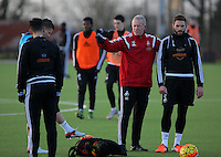 Pictured: Manager Alan Curtis and Angel Rangel Wednesday 23 December 2015<br />