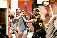 13-03-2021: Basketbal: Keijser Capital Martini Sparks v Grasshoppers: Haren Martini Sparks speelster Giytte Preusting (l) met Grasshoppers speelster Rosalie Aandewiel en Grasshoppers speelster Yara Paulides