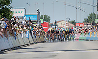 bunch sprint<br /> <br /> Stage 5: La Tour-de-Salvagny › Mâcon (175km)<br /> 69th Critérium du Dauphiné 2017