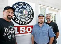Unemployed truckers in  St-Michel des Saints where the main employer Louisiana Pacific recently shut down its two plants, because of wood low price, strong Canadian Dollar and increased cutting fees inposed by Quebec Government.<br /> (c) Pierre Roussel