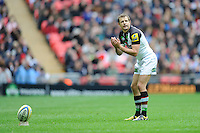 Nick Evans of Harlequins lines up a penalty kick during the Aviva Premiership match between Saracens and Harlequins at Wembley Stadium on Saturday 31st March 2012 (Photo by Rob Munro)