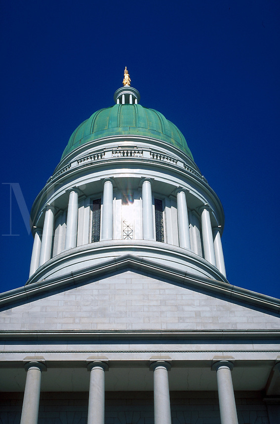 The exterior and dome of the Maine State Capitol building. Augusta