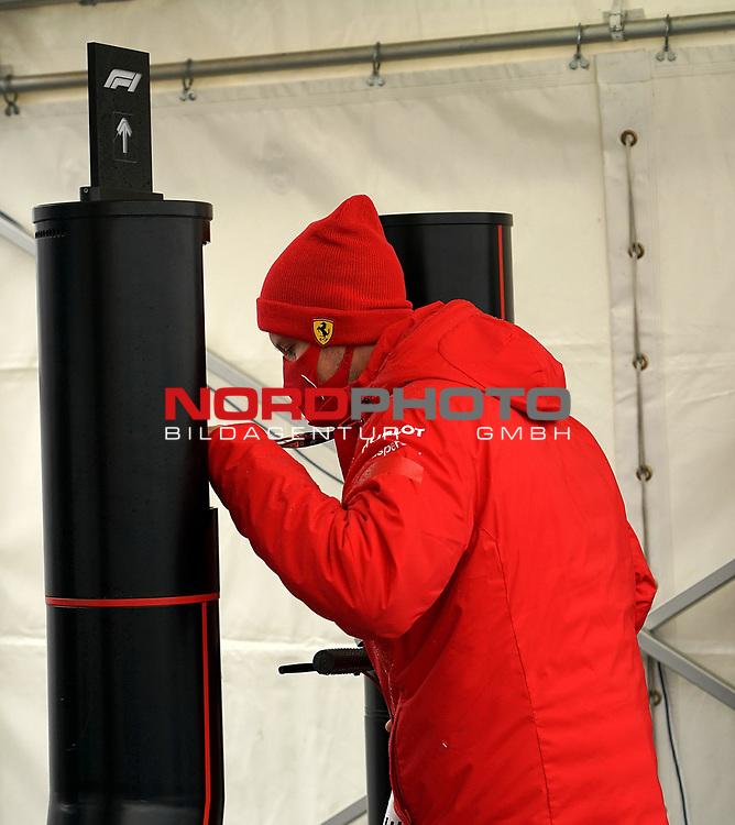 09.10.2020, Nürburgring, Nürburg, Formula 1 Aramco Grosser Preis der Eifel 2020<br /> , im Bild<br />Sebastian Vettel (GER#5), Scuderia Ferrari kommt mit einem Elektroscooter in das Fahrerlager<br /> <br /> Foto © nordphoto / Bratic
