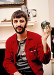 BEATLES 1969 Ringo Starr at Apple Corps.© Chris Walter.......