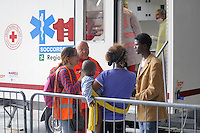 - Milano, profughi dall'Eritrea e dalla Siria, sbarcati clandestinamente nel Sud Italia, accampati nella Stazione Centrale in attesa di proseguire il viaggio per i paesi del Nord Europa; assistenza sanitaria<br />