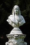Germany, Baden-Wuerttemberg, Baden-Baden: Empress Augusta statue | Deutschland, Baden-Wuerttemberg, Baden-Baden: Bueste der Kaiserin Augusta im Parkgelaende der Lichtentaler Allee