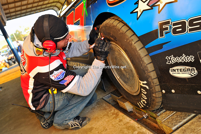 Feb 11, 2011; 5:52:40 PM; Gibsonton, FL., USA; The Lucas Oil Dirt Late Model Racing Series running The 35th annual Dart WinterNationals at East Bay Raceway Park.  Mandatory Credit: (thesportswire.net)