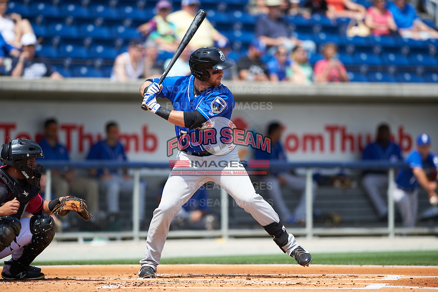 Biloxi Shuckers outfielder Michael Reed (17) at bat during the first game of a double header against the Pensacola Blue Wahoos on April 26, 2015 at Pensacola Bayfront Stadium in Pensacola, Florida.  Biloxi defeated Pensacola 2-1.  (Mike Janes/Four Seam Images)