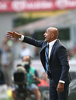 Calcio, Serie A: Inter Milano-Parma, Giuseppe Meazza stadium, September 15, 2018.<br /> Inter's coach Luciano Spalletti speaks to his players during the Italian Serie A football match between Inter and Parma at Giuseppe Meazza (San Siro) stadium, September 15, 2018.<br /> UPDATE IMAGES PRESS/Isabella Bonotto
