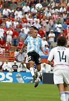Pablo Mastroeni, left, AndrŽs D'Alesandro, right, Argentina vs. USA, Miami, Fla.
