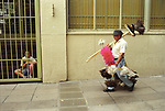 Door to door salesman selling cleaning products. Buenos Aires Argentina South America  2000s 2002