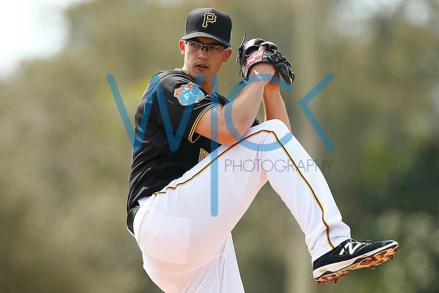 Kyle Lobstein #53 of the Pittsburgh Pirates works out during spring training at Pirate City in Bradenton, Florida on February 23, 2016. (Photo by Jared Wickerham / DKPS)