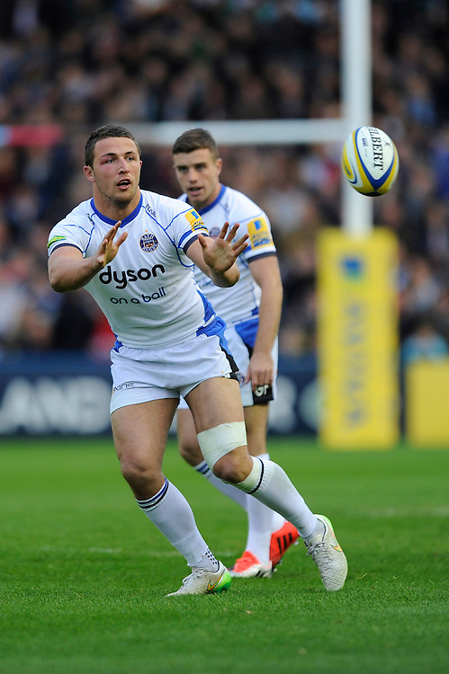 Sam Burgess of Bath Rugby receives  a pass