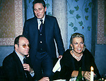 CARLO VERDONE CON FRANCESCO RUTELLI E NORI CORBUCCI<br /> FESTA CORBUCCI AL CASTELLO DELLA CRESCENZA ROMA 1999