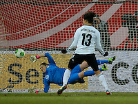 Offenbach, Germany, Friday, April 05 2013: Womans, Germany vs. USA, in the Stadium in Offenbach,  Penalty 2:3:  Celia Okoyinio Da Mbabi (GER), Nicole Barnhart  (USA).