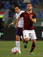 Calcio, Serie A: Roma vs Fiorentina. Roma, stadio Olimpico, 4 marzo 2016.<br /> Roma's Miralem Pjanic, right, is chased by Fiorentina's Tino Costa during the Italian Serie A football match between Roma and Fiorentina at Rome's Olympic stadium, 4 March 2016.<br /> UPDATE IMAGES PRESS/Riccardo De Luca