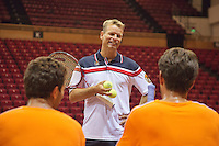 10-09-13,Netherlands, Groningen,  Martini Plaza, Tennis, DavisCup Netherlands-Austria,   Training, Captain Jan Siemerink talks to Jean-Julien Rojer(L) and Jesse Huta Galung (NED)<br />