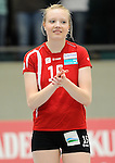 Rüsselsheim, Germany, April 13: Jennifer Geerties #15 of the Rote Raben Vilsbiburg lines up prior to the match during play off Game 1 in the best of three series in the semifinal of the DVL (Deutsche Volleyball-Bundesliga Damen) season 2013/2014 between the VC Wiesbaden and the Rote Raben Vilsbiburg on April 13, 2014 at Grosssporthalle in Rüsselsheim, Germany. Final score 0:3 (Photo by Dirk Markgraf / www.265-images.com) *** Local caption ***