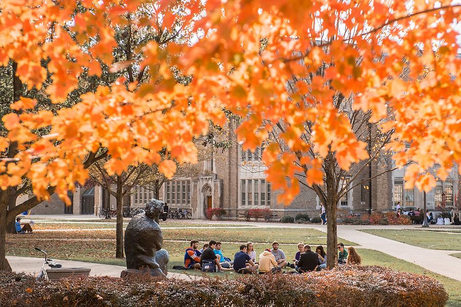 Nov. 4, 2015; Class outside on a warm fall day, 2015. (Photo by Matt Cashore/University of Notre Dame)