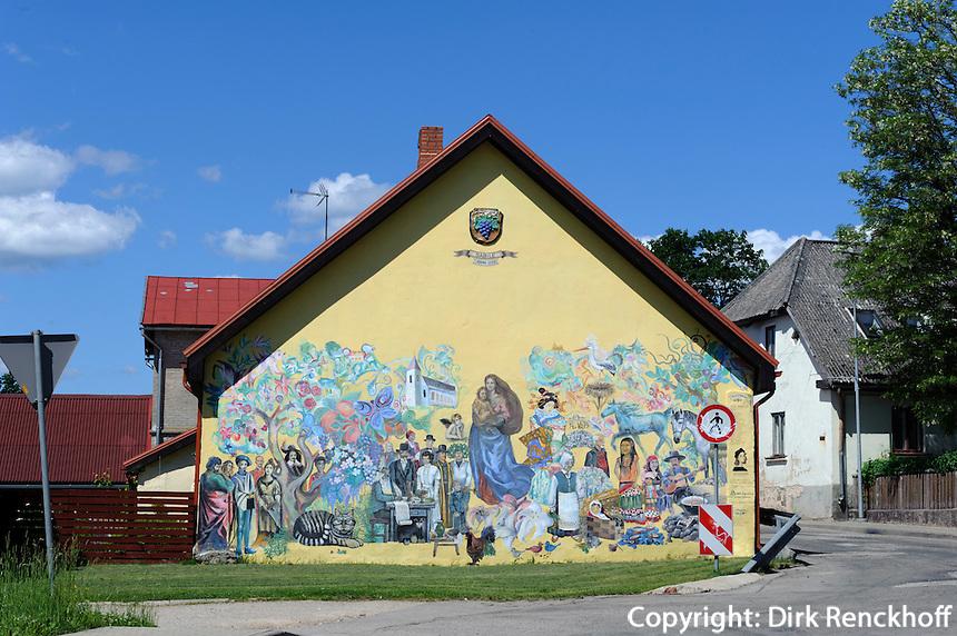 Wandbild in Sabile, Lettland, Europa