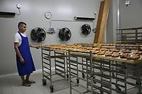 Bottarga di muggine- Cooperativa pescatori di Cabras fasi di essiccazione