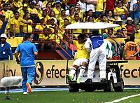 BARRANQUILLA – COLOMBIA - 23 – 03 -2017: Luis F. Muriel, jugador de Colombia, sale del campo por lesion durante partido entre los seleccionados de Colombia y Bolivia, de la fecha 13 válido por la clasificación a la Copa Mundo FIFA Rusia 2018, jugado en el estadio Metropolitano Roberto Melendez en Barranquilla. / Luis F. Muriel, player of Colombia leaves the field for injury, during match between the teams of Colombia and Bolivia, of the date 13 valid for the Qualifier to the FIFA World Cup Russia 2018, played at Metropolitan stadium Roberto Melendez in Barranquilla. Photo: VizzorImage / Luis Ramirez / Staff.