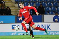 Bastian Oczipka (Eintracht Frankfurt) gegen Patrick Ochs (FSV Frankfurt) - 10.11.2016: FSV Frankfurt vs. Eintracht Frankfurt, Frankfurter Volksbank Stadion