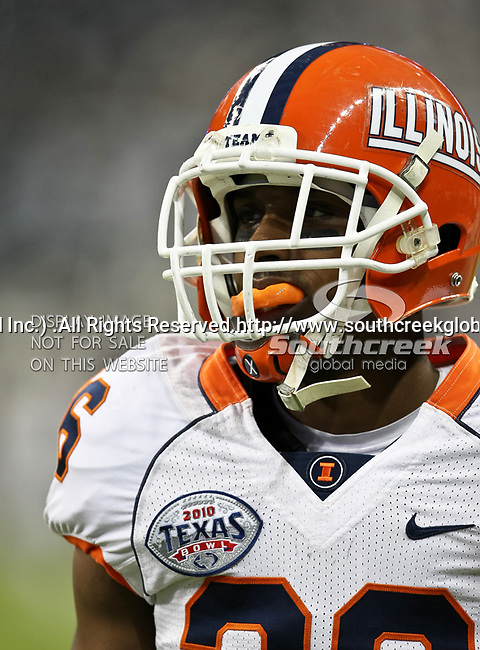 Illinois Fighting Illini running back Justin Green (26) practicing before the 2010 Texas  Bowl football game between the Illinois  Fighting Illini and the Baylor Bears at the Reliant Stadium in Houston, Tx. Illinois defeats Baylor 38 to 14....
