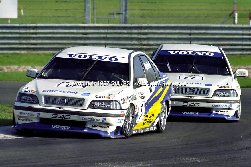 #3 Rickard Rydell (S) & #11 Kelvin Burt (GBR). Volvo S40 Racing. Volvo S40.