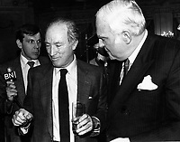 Montreal (Qc) CANADA -  October 21 1986 File Photo - Pierre Trudeau (L), and  Keith Davey, the former senator and legendary Liberal organizer, died peacefully on Monday Jan 17 2011,, surrounded by his family in Toronto. He was 84.