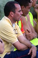 BARRANQUILLA -COLOMBIA-27-AGOSTO-2014. Jaime de la Pava director tecnico  de Uniautonoma durante partido contra el Atletico  Junior  ,  partido de la Copa Postobon decima fecha disputado en el estadio Metropolitano. / Jaime de La Pava  coach of Uniautonoma  during match against  Atletico Junior , match of the Copa Postobon tenth  round match at the Metropolitano stadium  Photo: VizzorImage / Alfonso Cervantes / Stringer