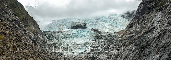Terminus and icefall of Franz Josef Glacier, Westland Tai Poutini National Park, South Westland, West Coast, UNESCO World Heritage Area, New Zealand, NZ