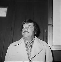 le chanteur country et comedien Willie Lamothe vers 1970.<br /> (date exacte inconnue)<br /> <br /> PHOTO : Agence Quebec Presse<br /> - Roland lachance