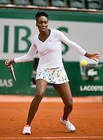 France, Paris, 28.05.2014. Tennis, French Open, Roland Garros, Venus Williams (USA) in her march against Anna Schmiedlova (SVK)<br /> Photo:Tennisimages/Henk Koster