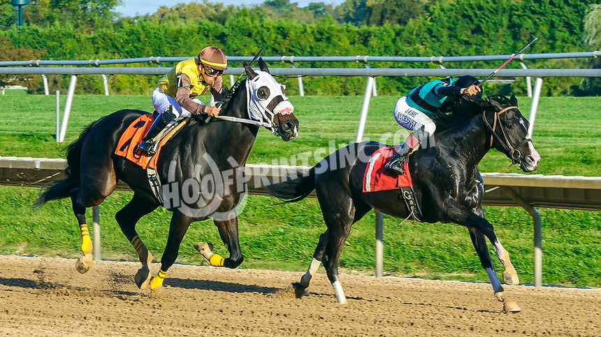 The Don of Squan winning at Delaware Park on 10/2/21