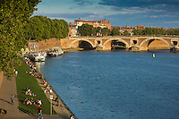 Europe/France/Midi-Pyrénées/31/Haute-Garonne/Toulouse: Les berges de la  Garonne,  le Pont-Neuf et l'église Notre-Dame la Dalbade