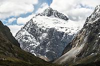 Mount Talbot 2105m after fresh snowfall, Fiordland National Park, UNESCO World Heritage Area, Southland, New Zealand, NZ