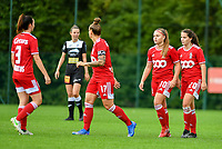 Standard players celebrate their team's goal during a female soccer game between Standard Femina de Liege and Eendracht Aalst dames on the fourth matchday in the 2021 - 2022 season of the Belgian Scooore Womens Super League , Saturday 11 th of September 2021  in Angleur , Belgium . PHOTO SPORTPIX   BERNARD GILLET