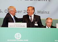 DFB-Präsident Dr. Theo Zwanziger mit Ehrenpräsident Gerhard Mayer-Vorfelder und Schatzmeister Horst R. Schmidt<br /> 39. Ordentlicher DFB-Bundestag in der Rheingoldhalle<br /> *** Local Caption *** Foto ist honorarpflichtig! zzgl. gesetzl. MwSt. Es gelten ausschließlich unsere unter <br /> <br /> Auf Anfrage in hoeherer Qualitaet/Aufloesung. Belegexemplar an: Marc Schueler, Am Ziegelfalltor 4, 64625 Bensheim, Tel. +49 (0) 6251 86 96 134, www.gameday-mediaservices.de. Email: marc.schueler@gameday-mediaservices.de, Bankverbindung: Volksbank Bergstrasse, Kto.: 151297, BLZ: 50960101
