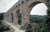 Footbridge on the Pont du Gard aqueduct