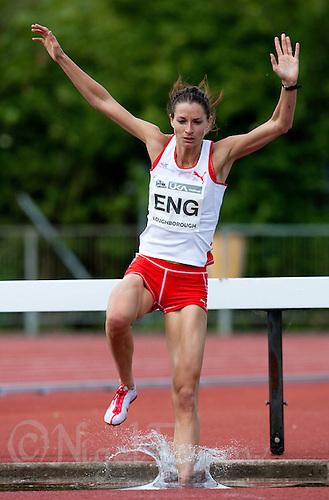 17 MAY 2009 - LOUGHBOROUGH,GBR - Tina Brown - 3000m Steeplechase - Loughborough International Athletics .(PHOTO (C) NIGEL FARROW)