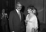 OMAR SHARIF CON  GINA LOLLOBRIGIDA - PREMIO THE BEST A PALAZZO PECCI BLUNT ROMA 1978