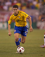 Brazil midfielder Hernanes (18) on the attack. Brazil  defeated the US men's national team, 2-0, in a friendly at Meadowlands Stadium on August 10, 2010.