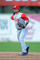 Brooklyn Cyclones second baseman L.J. Mazzilli (7) during a game against the Jamestown Jammers on August 4, 2013 at Russell Diethrick Park in Jamestown, New York.  Jamestown defeated Brooklyn 9-5.  (Mike Janes/Four Seam Images)