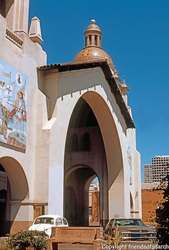 Mission RR Stations: Santa Fe Depot, 1050 Kettner Blvd., 1915. Bakewell & Brown. Mission Revival. Built to receive visitors to the 1915 Exposition. Photo '76.