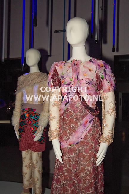 Arnhem 310511 tentoonstelling Modebienale in AKZO-fabriekshal.<br /> <br /> Foto Frans Ypma APA-foto