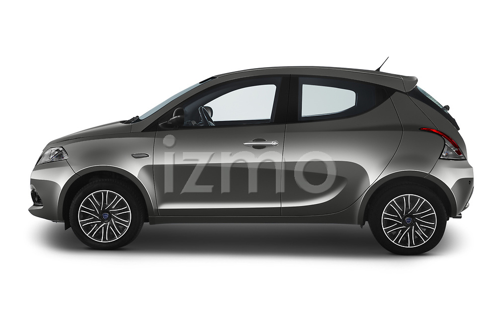 Car Driver side profile view of a 2019 Lancia Ypsilon Gold 5 Door Hatchback Side View